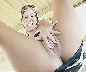 Teen Flashes and Masturbates in..