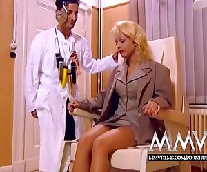 MMV FILMS Kelly Trump at the Anal..