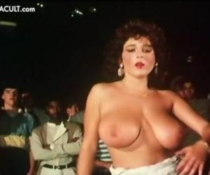 Nude Celebs -..