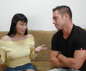 Beauty Asian Avena Lee fully swallows this venous hard prick