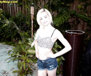 Amateur teen solo girl Elsa Jean bares tiny tits and..
